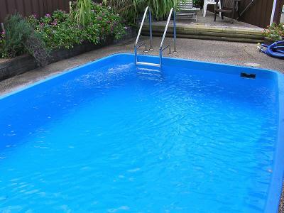 Caucho para piscinas materiales de construcci n para la for Piscinas desmontables ocasion