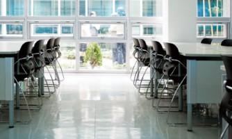 Mesas de estudio para colegios y universidades / ALEX1000