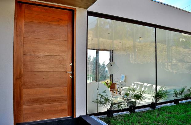 Puertas de madera de entrada principal resultado de for Precio de puertas de madera para casas