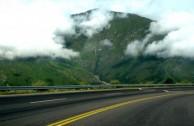 Ruta_Nacional_9_en_la_Quebrada_de_Humahuaca_Jujuy_1-600x334
