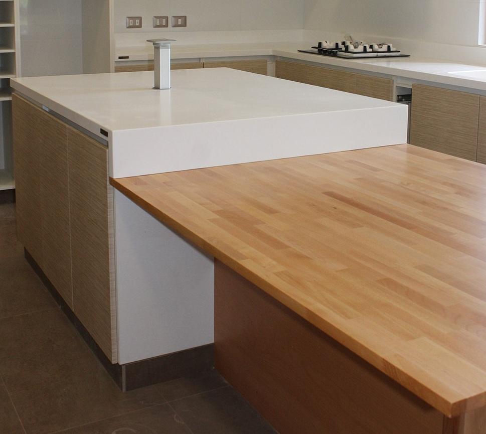 Staron® Quasar White, Lavaplatos y Muebles de cocina  Matte Chile