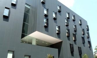 Fachada de aluminio compuesto Alumat®