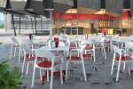 Sillas: Mobiliario Food court & Restaurant Dd