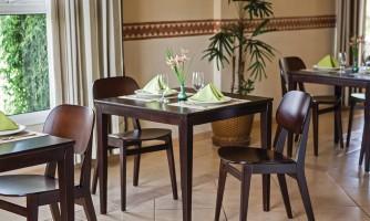 Mobiliario Piazza Restaurante Tramontina